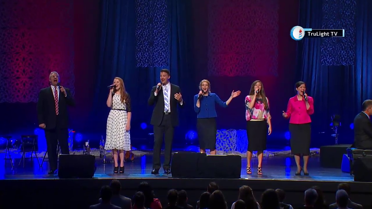 The Collingsworth Family - We Will Serve the Lord (Live Concert)