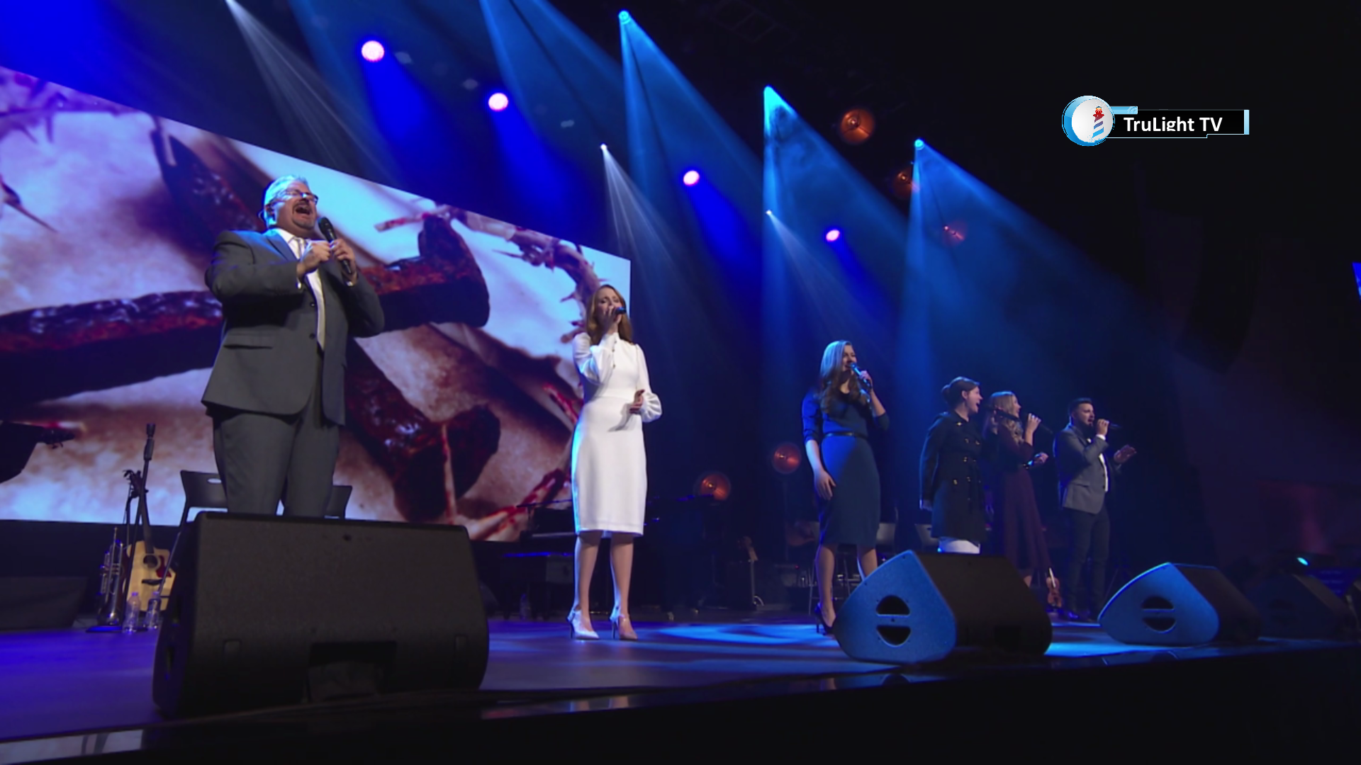 The Collingsworth Family - Mercy & Love
